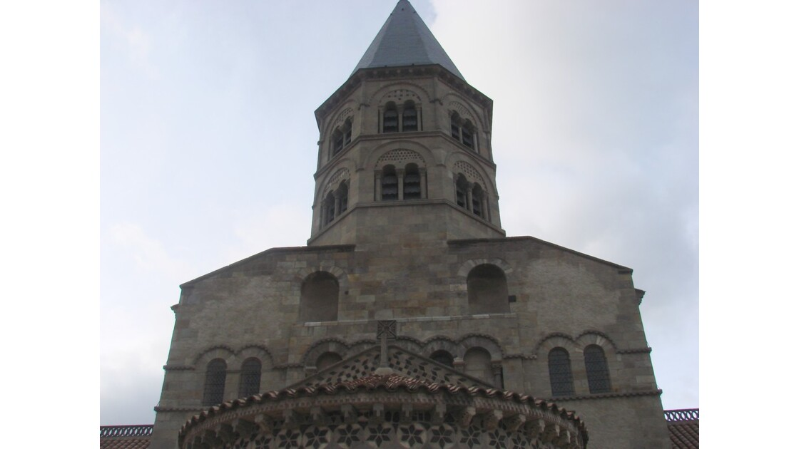 Le chevet et le clocher