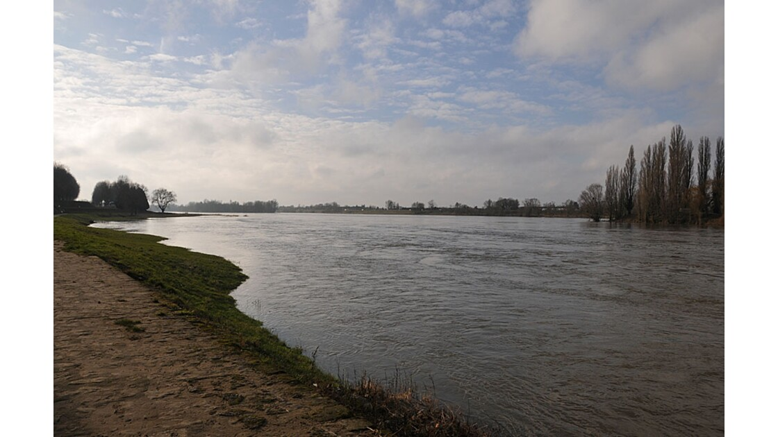 Aval de la Loire.