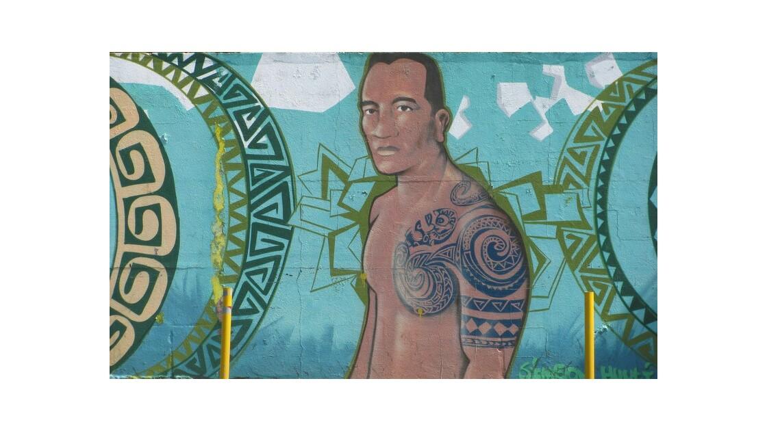 peinture de rue tatouage traditionnel