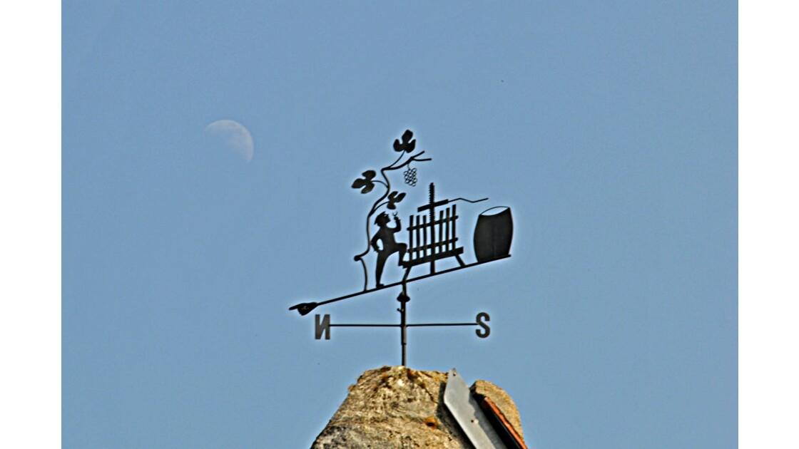 La girouette et la lune.