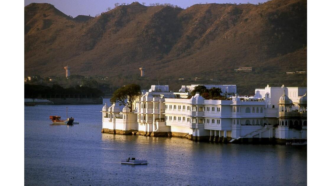 Lake Palace 2