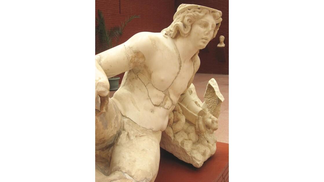 Le guerrier au repos (Musée d'Ephèse)