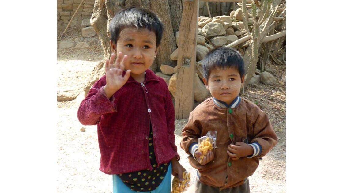 Myanmar-Sur les rives du lac Inle