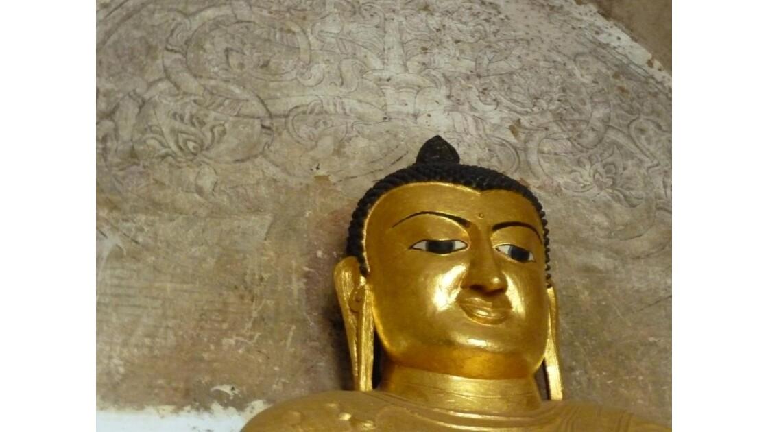 Myanmar-Bouddha