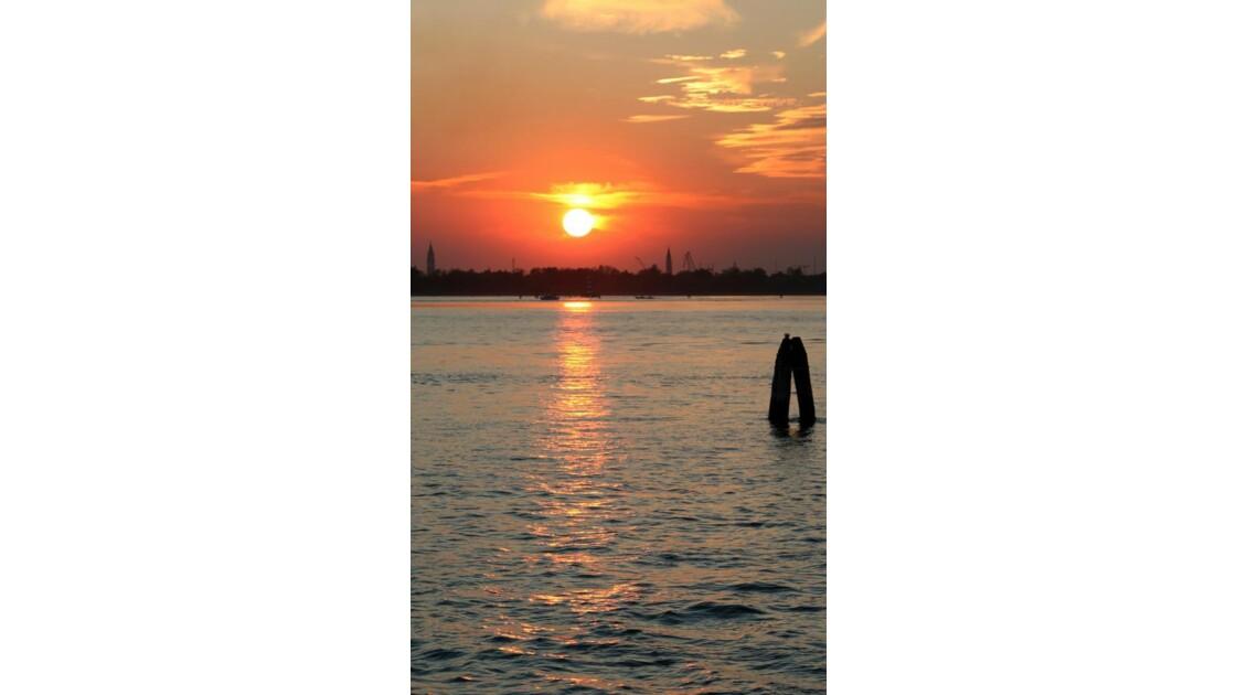 """""""Dans la lagune à Venise (1) ..."""""""