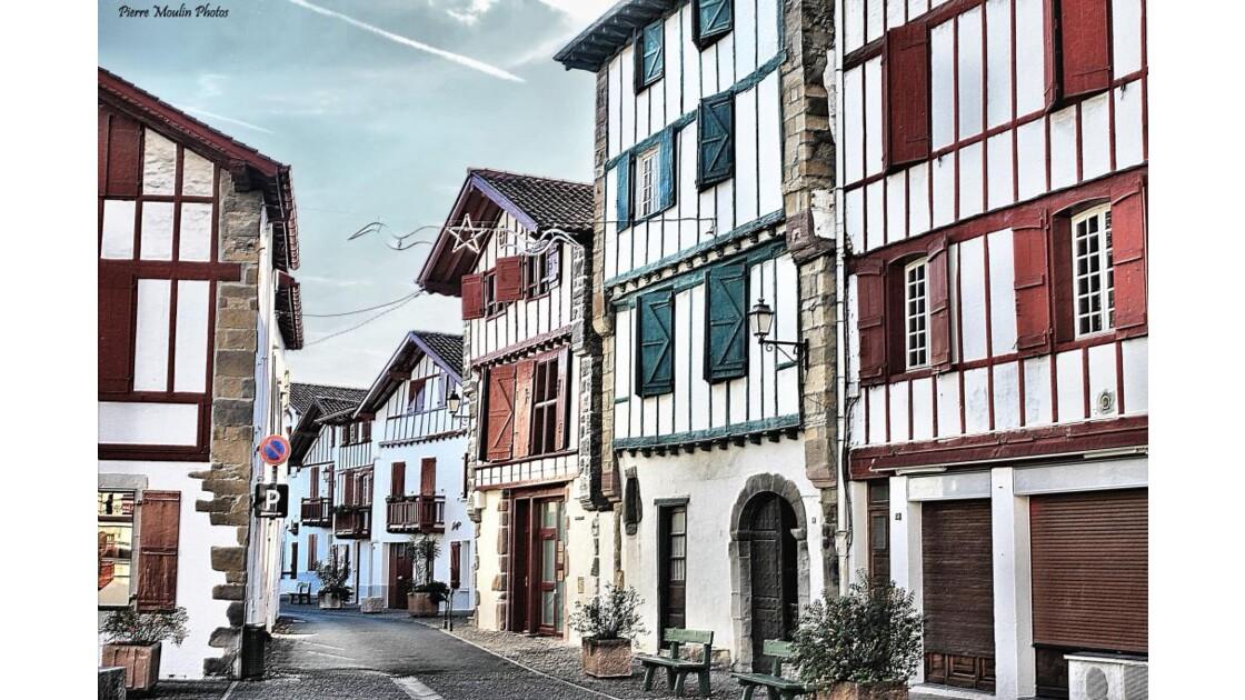Espelette_couleurs_du_pays_Basque.JPG