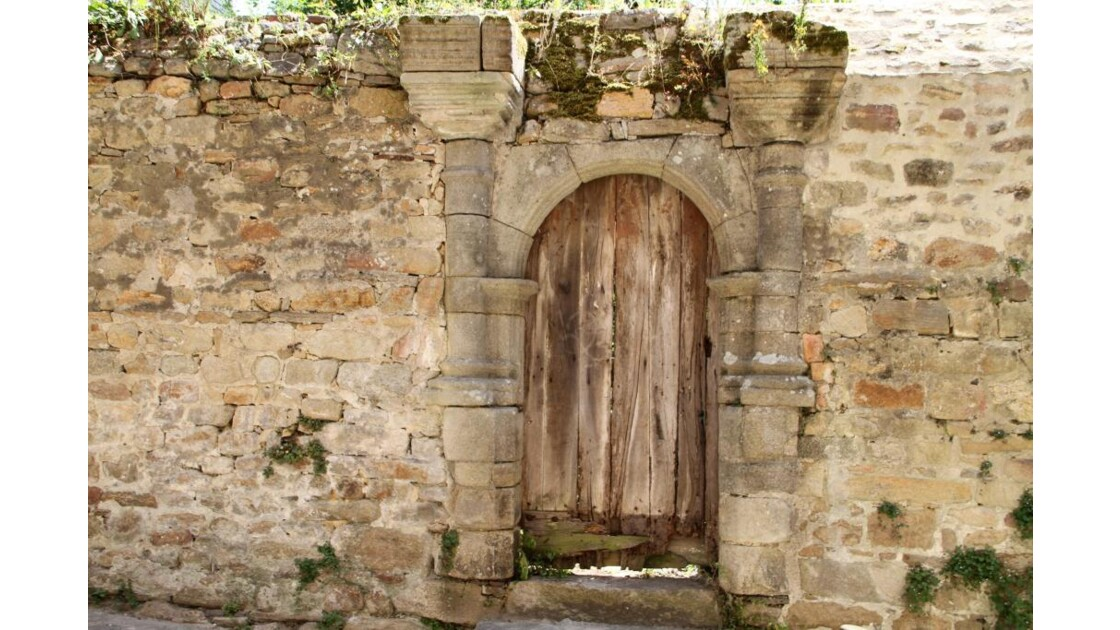 Une ancienne porte ...