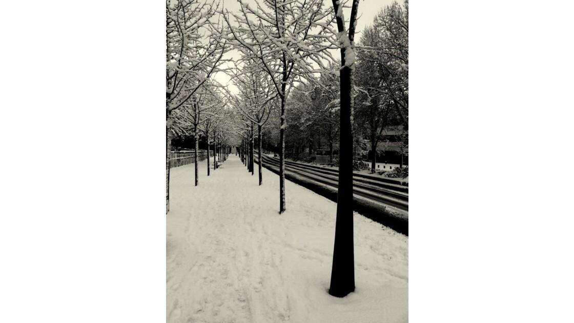 Une rue déserte