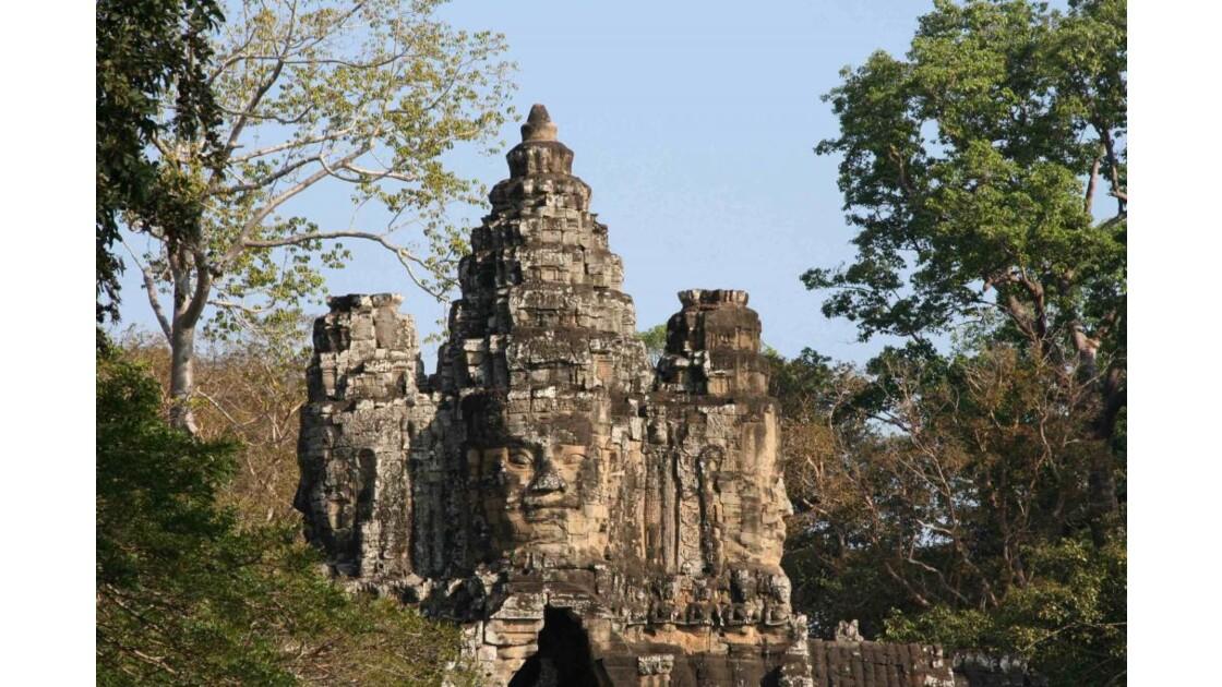 2009_cambodge_Bayon porte sud.JPG