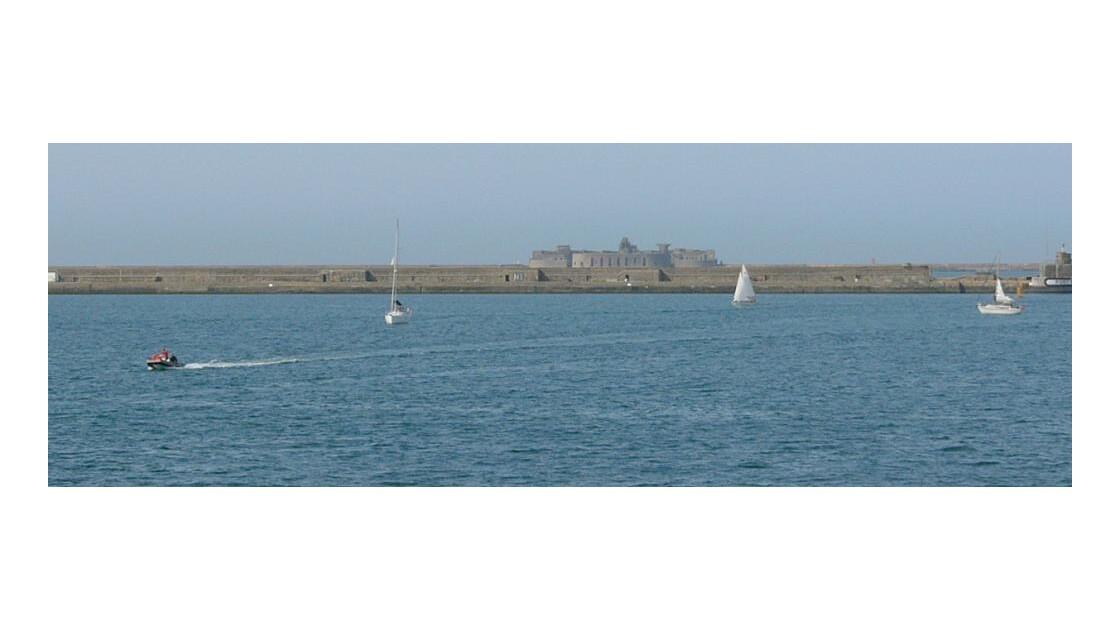 La rade de Cherbourg pour protéger