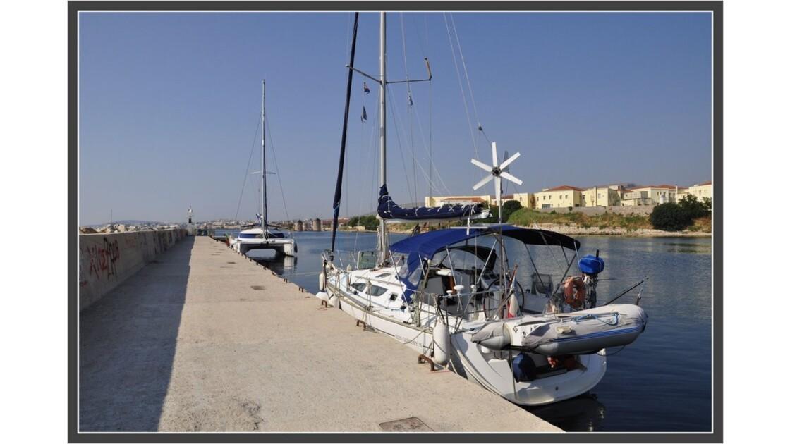 Kios_marina.JPG