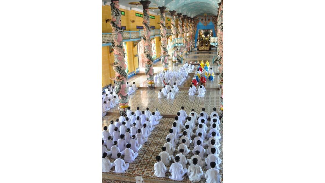 Temple caodao...mystérieux et envôutant