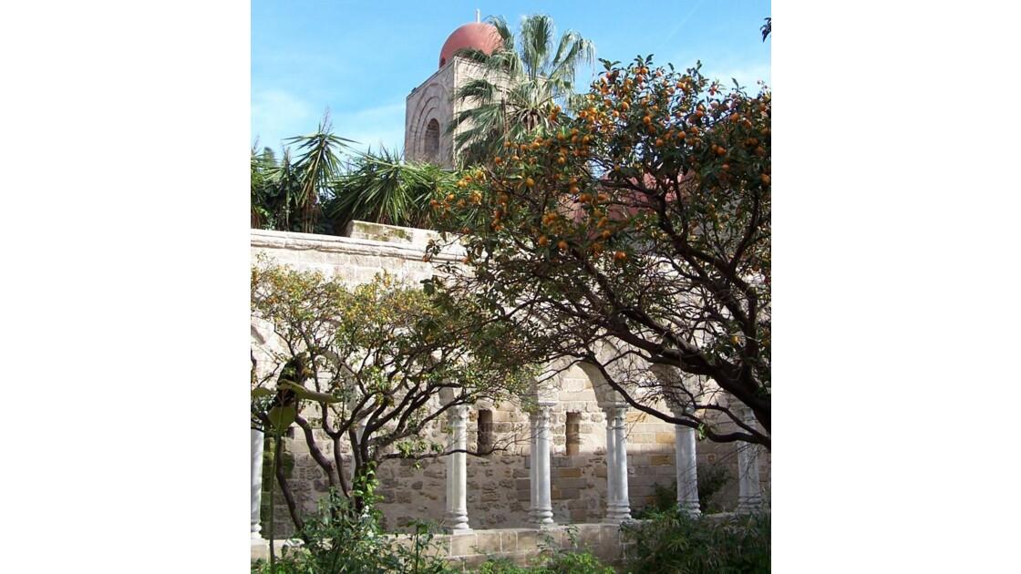 cloître du monastère...