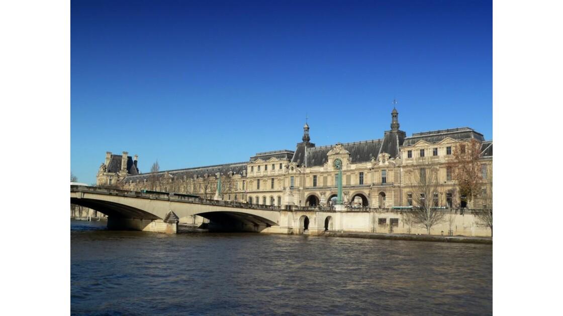 Le Louvre III