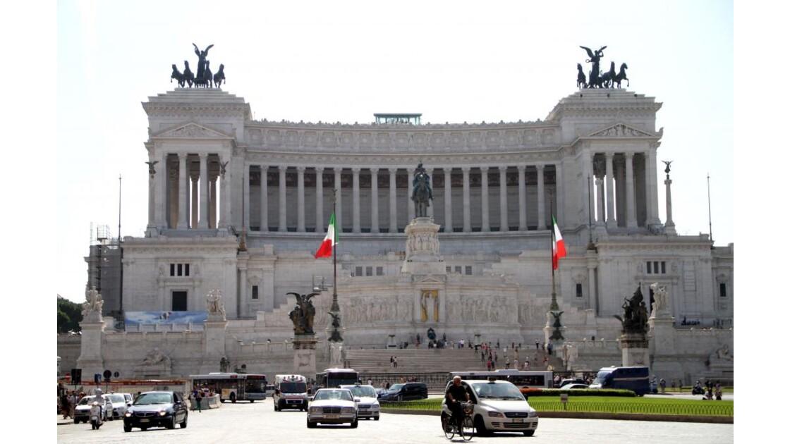 """Rome : monument Victor Emmanuel II (2)"