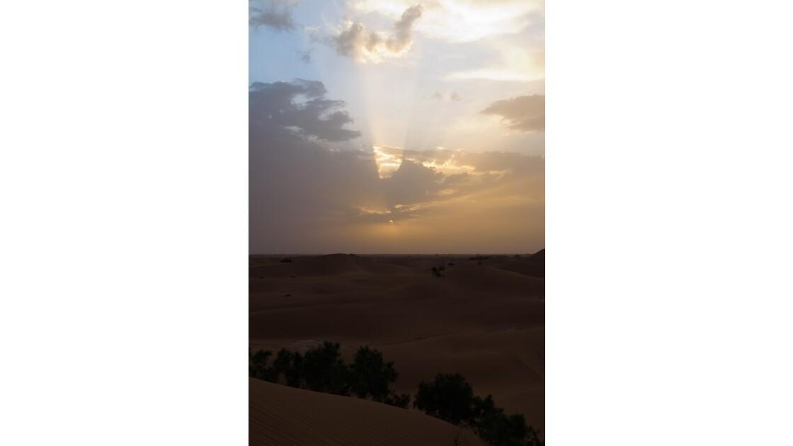 Couché de soleil sur le Sahara