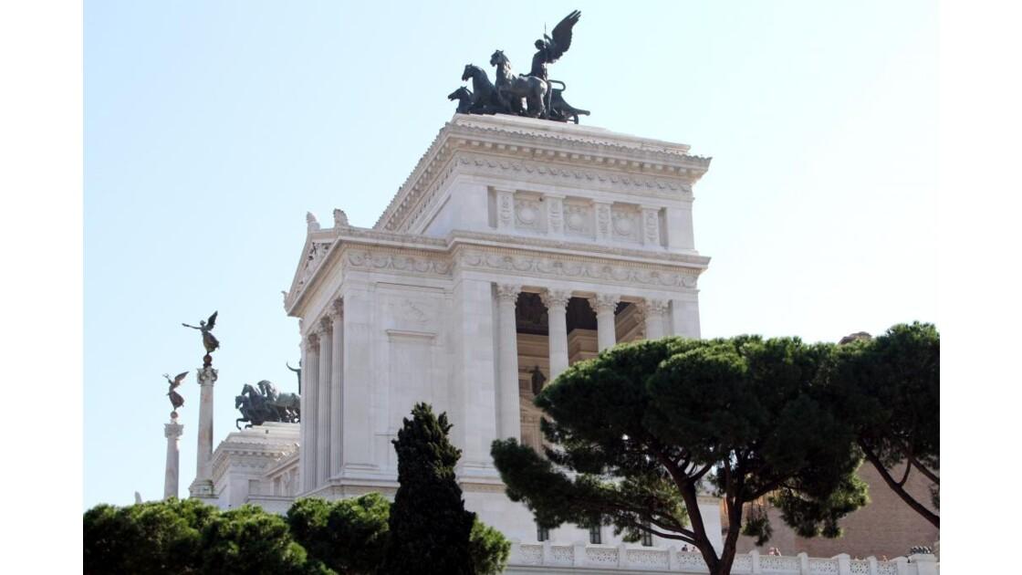 """Monument Victor Emmanuel II ..."""
