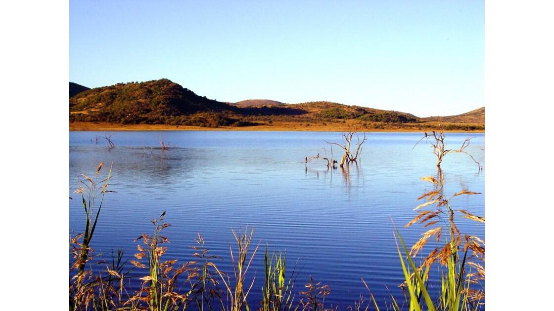 Lac de cratère du Pilanesberg
