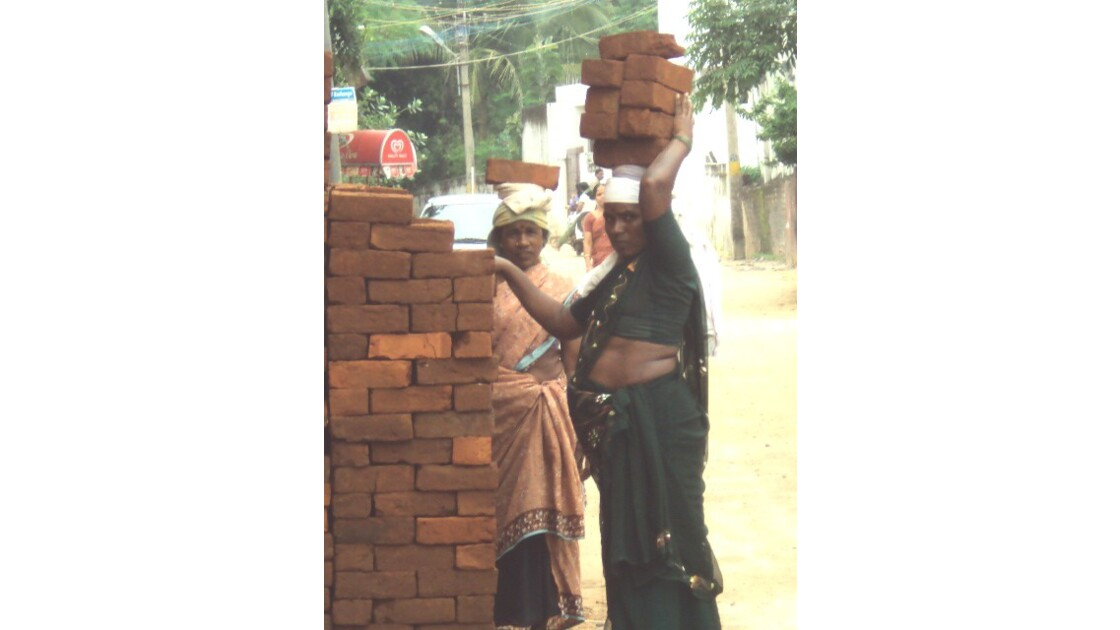porteuse de brique