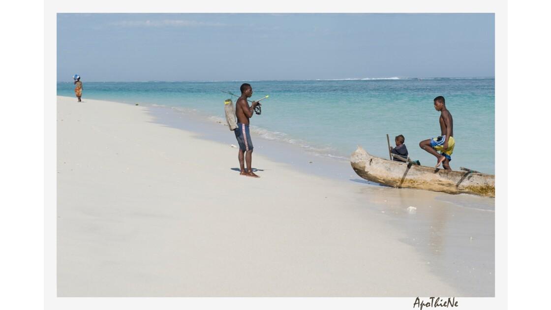 Retour de pêche à Ambola