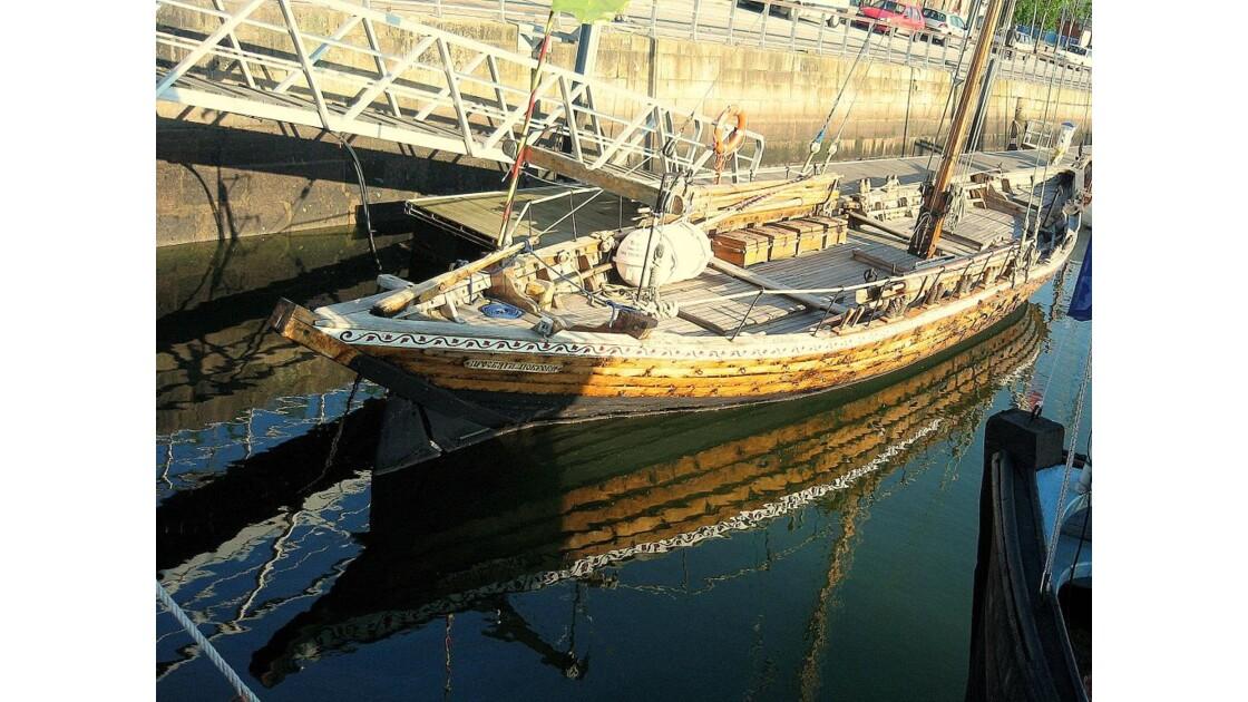 Reflet de barque