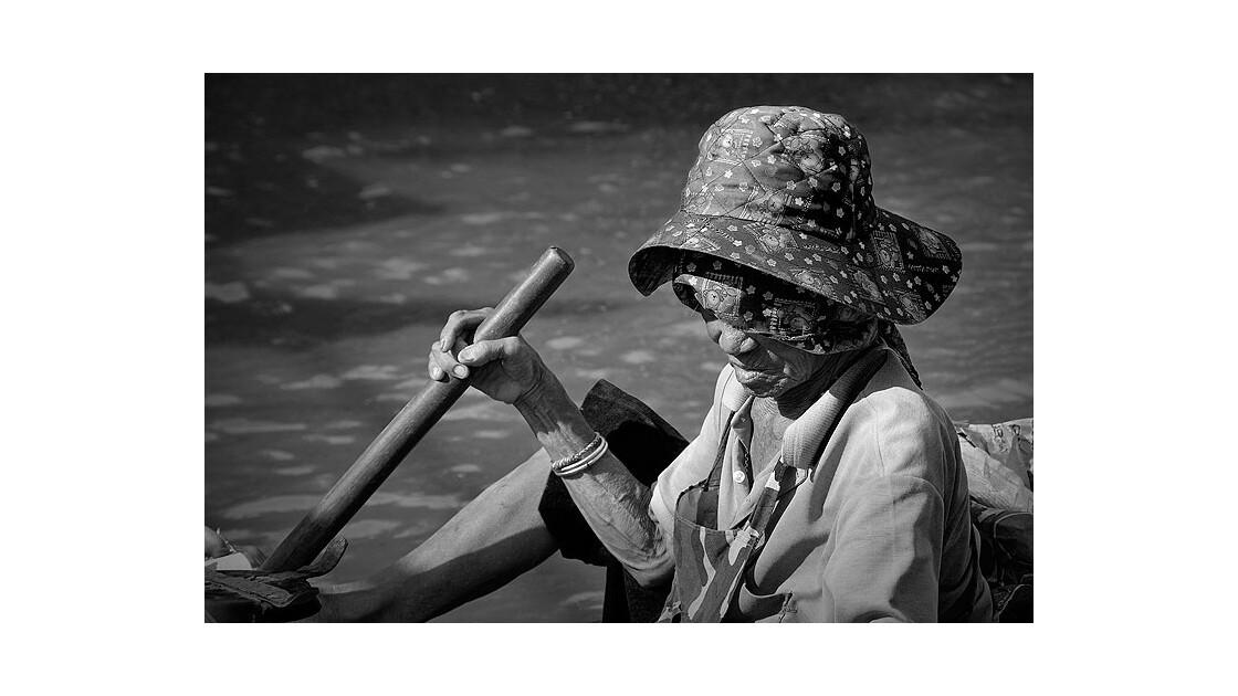 Femme à la barque, Bangkok