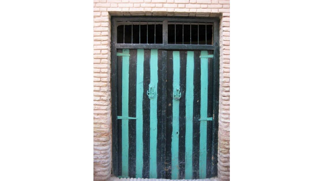 Porte rayée - Medina de Tozeur, Tunisie