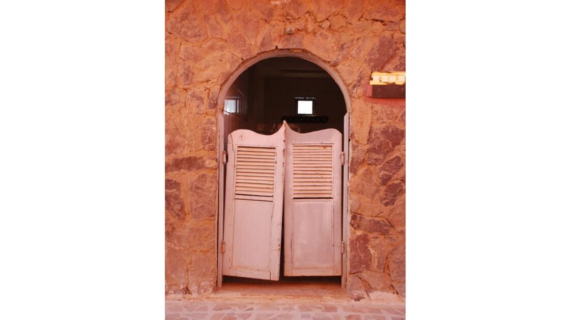 Portes batantes - Wadi Rum, Jordanie