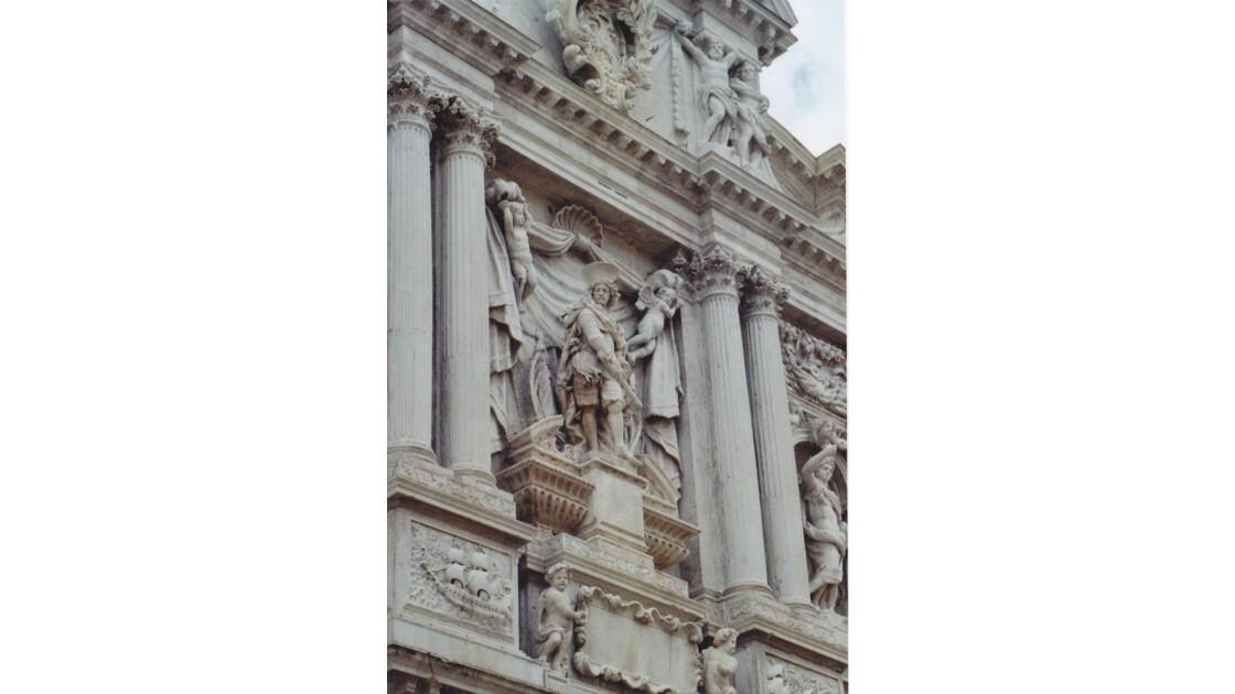 détails de l'église santa maria