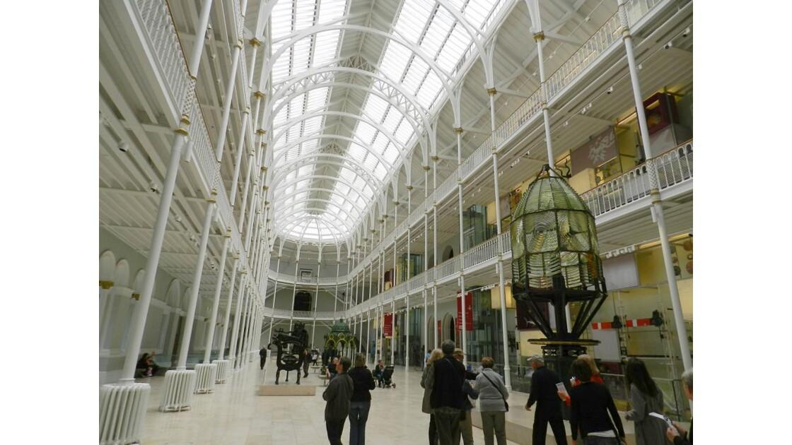 Le National Muséum à Edimbourg.JPG