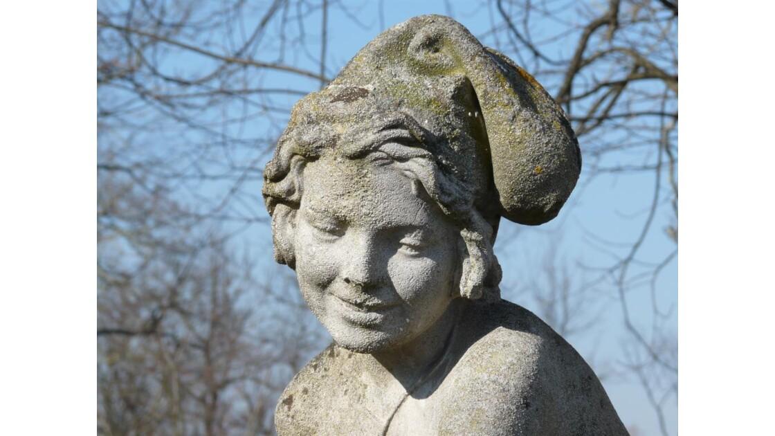 femme au bonnet