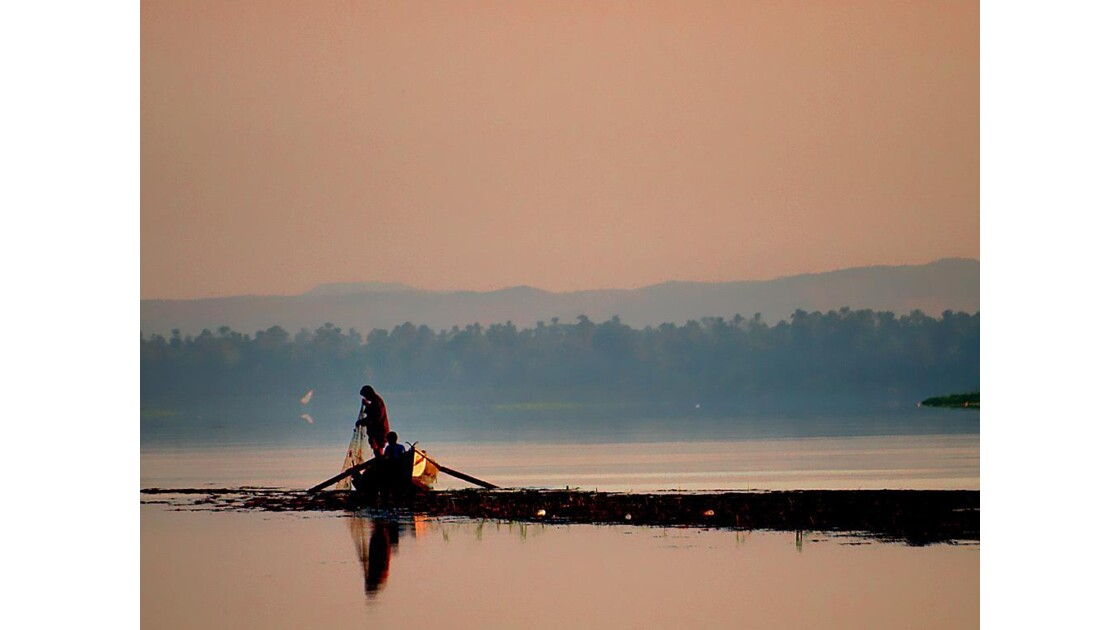 Nil - Leçon de Pêche
