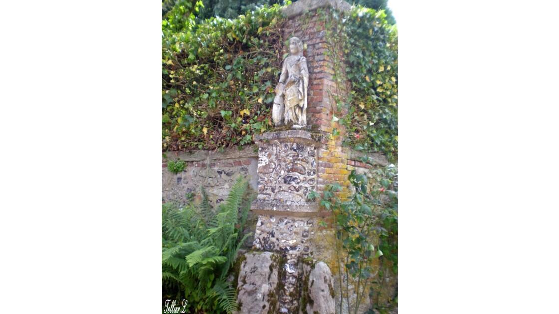 43.statuette.jpg