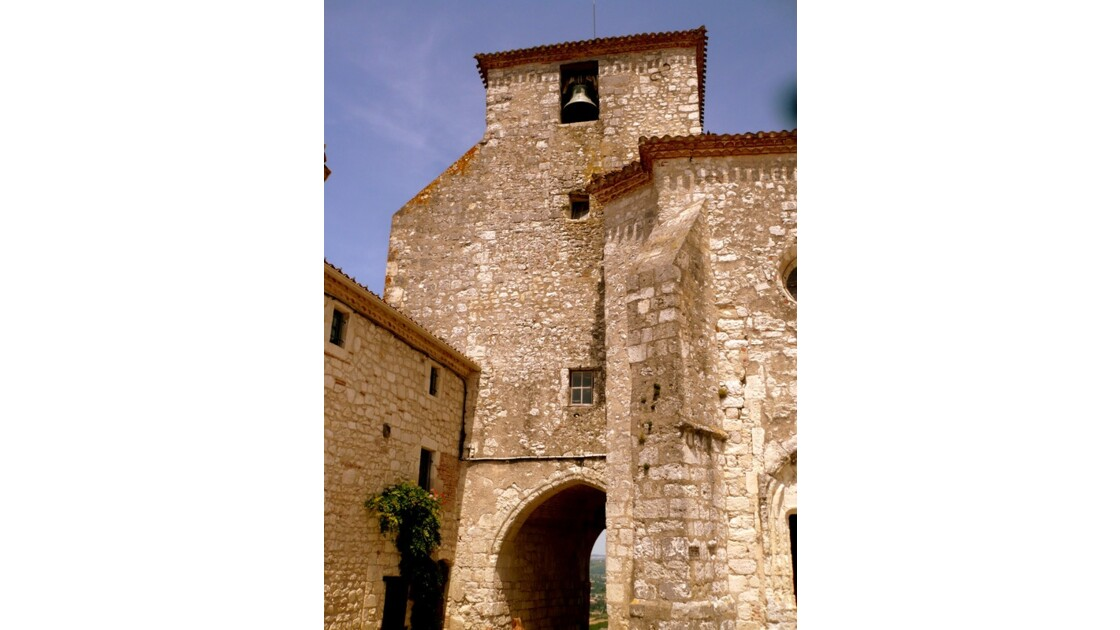Porte et clocher St Nicolas