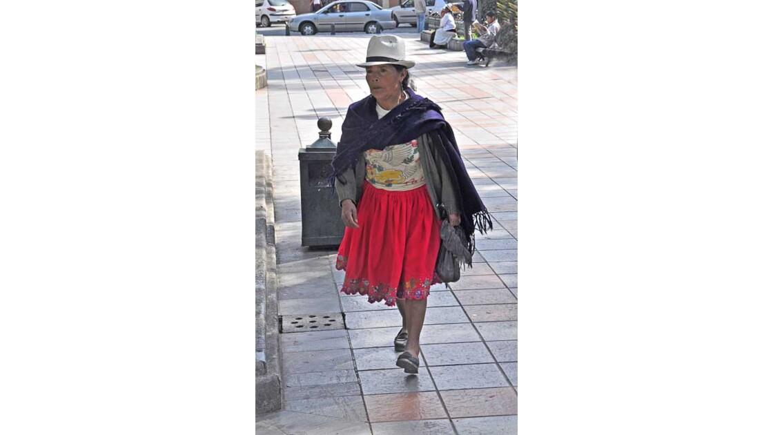 Femme Cholas à Cuenca