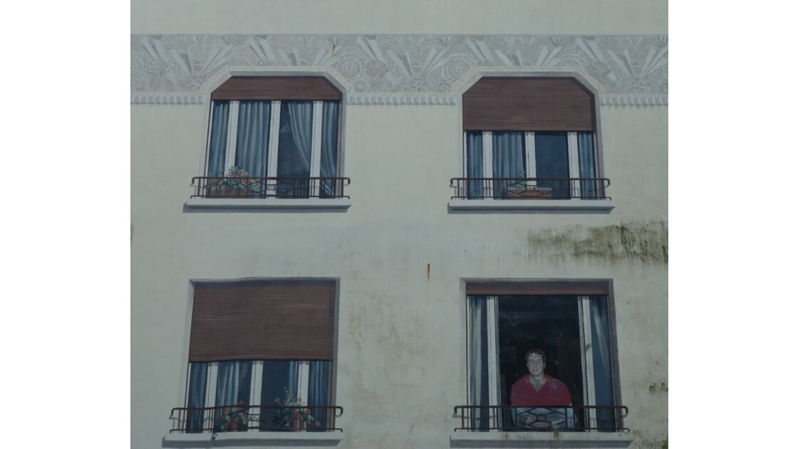 Mur trompe-l'oeil (Serge Blanco)