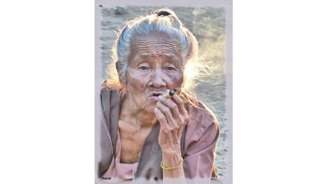 Femme Birmane