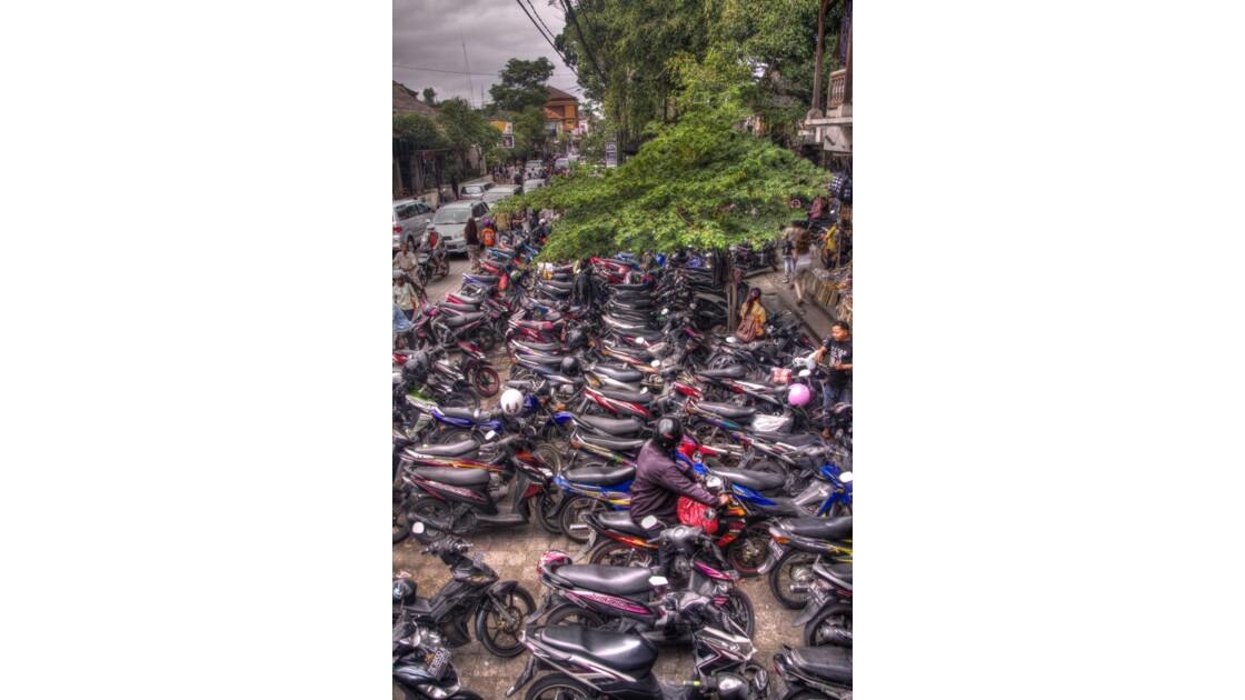 Scooters à Ubud