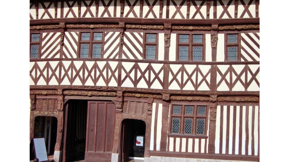 Détail façade de la maison Henri IV