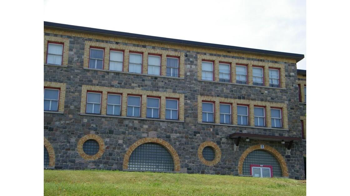 Ecole en pierre