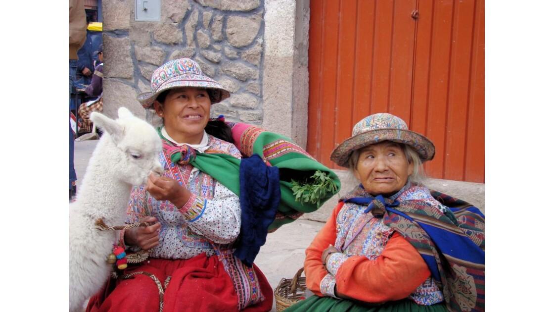 Pérou: COLCA - scène de rue