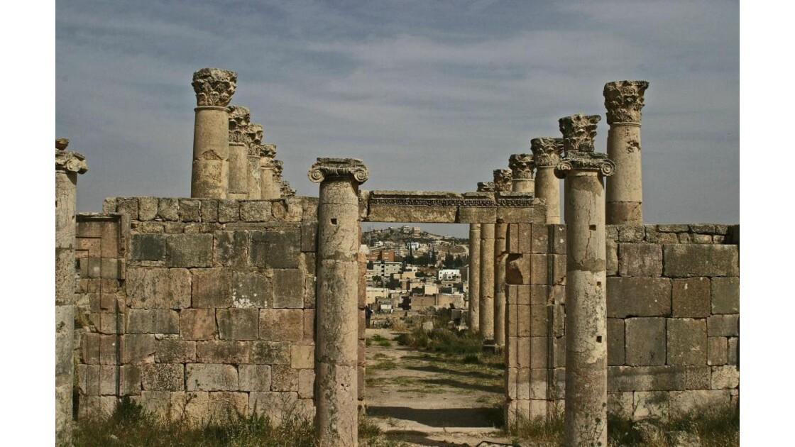 Partout des colonnes...