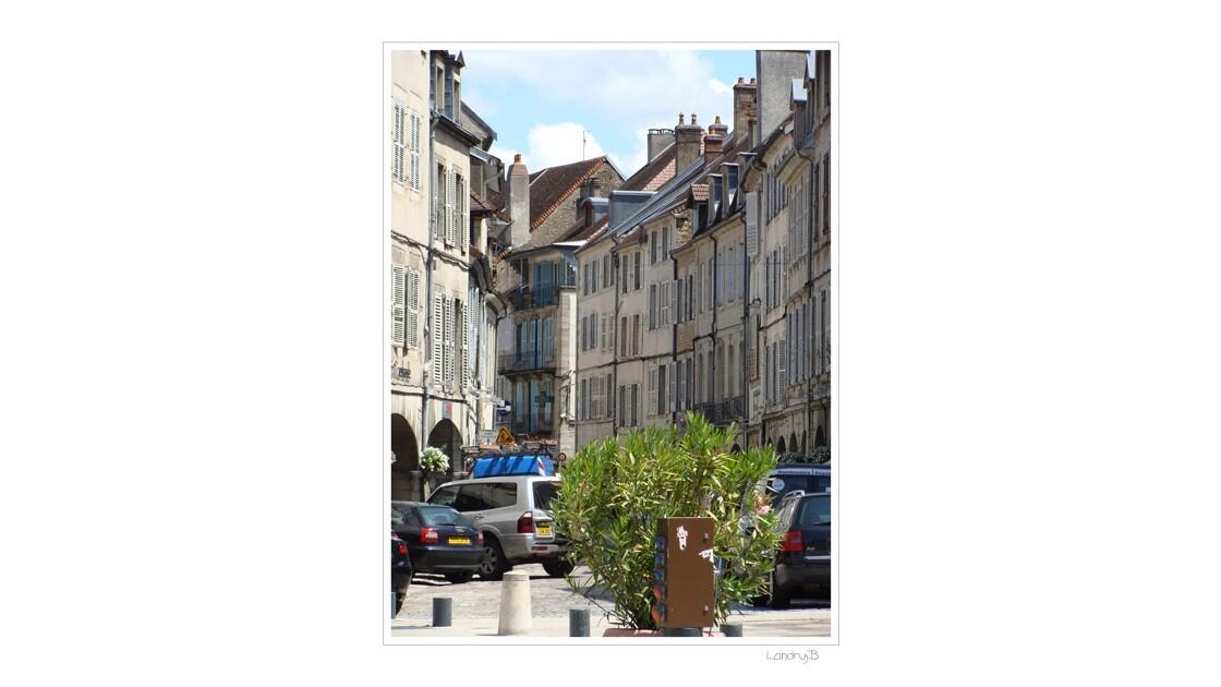 Lons le Saunier- Rue
