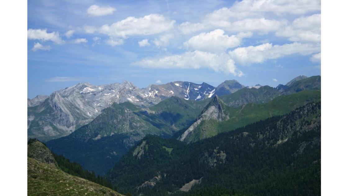 La chaine des Pyrénées Béarnaises