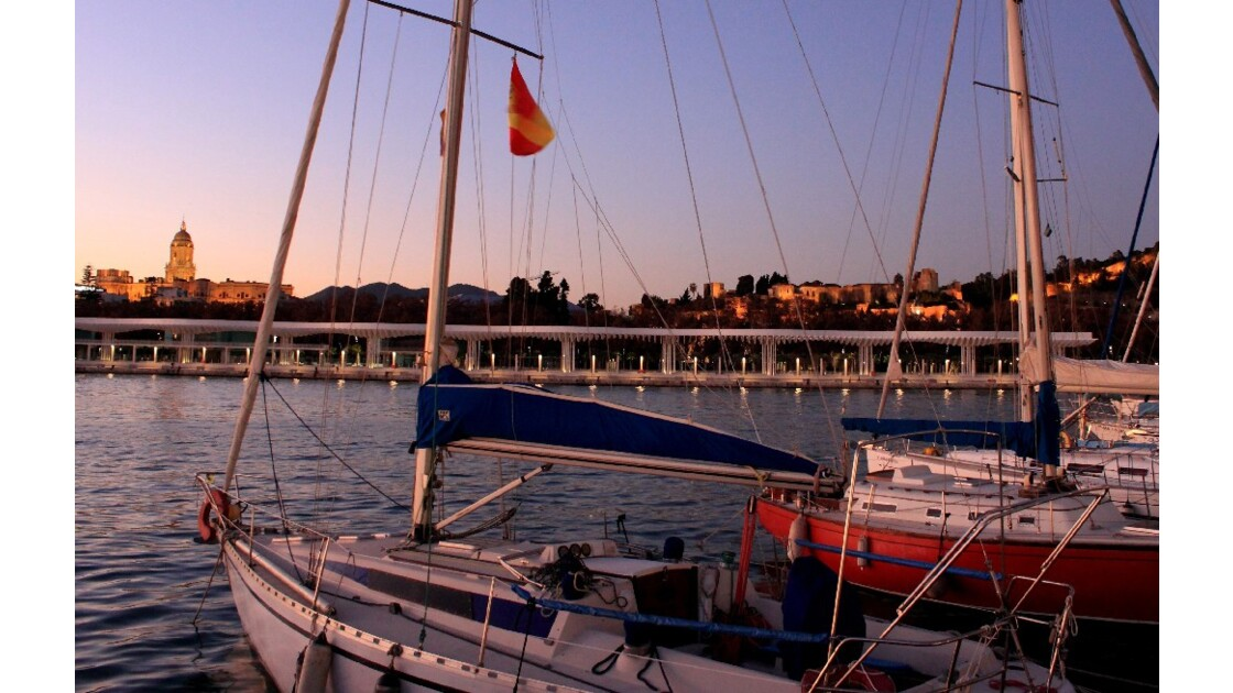 Debut_de_soiree_au_port_de_Malaga.jpg