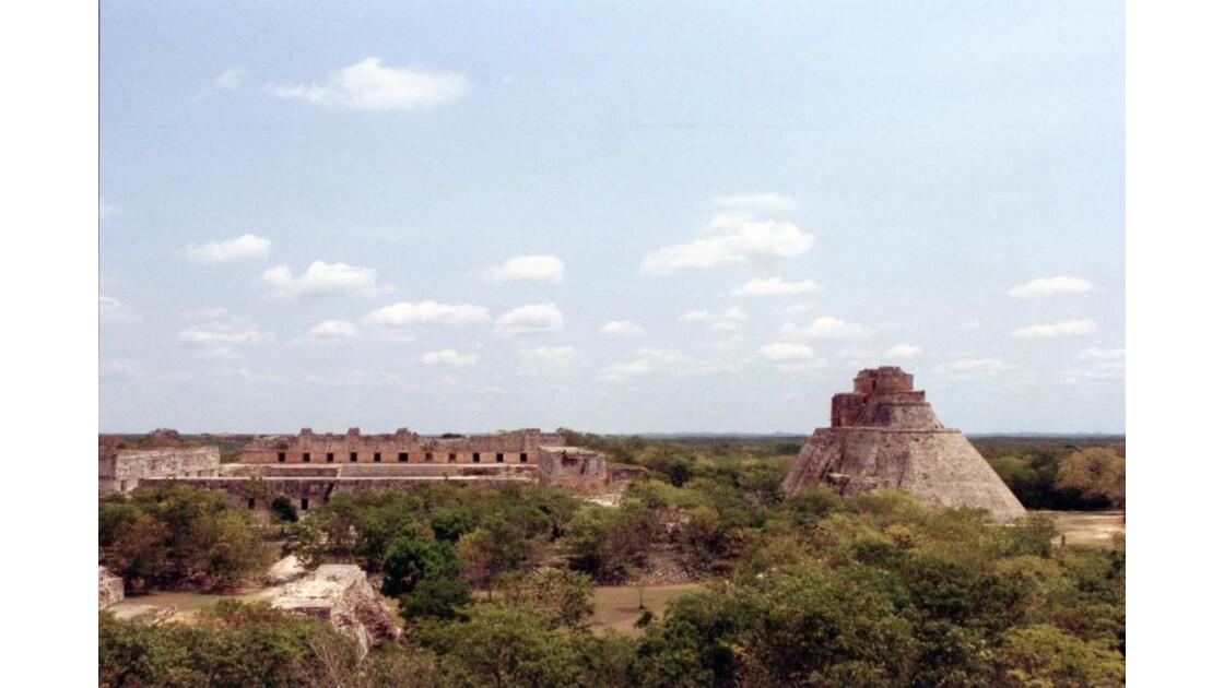 Uxmal Pyramide du Devin