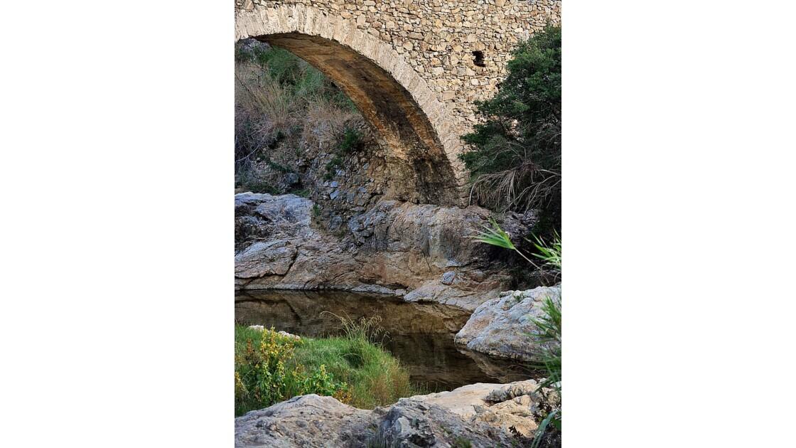 Pont des Fées - Arche - Grimaud (83)