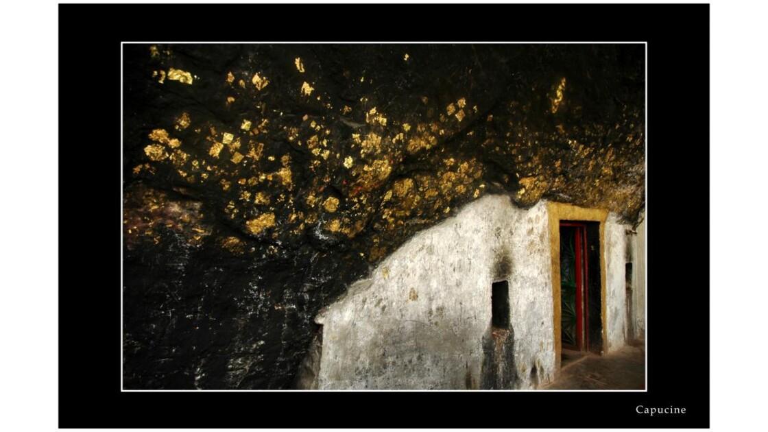 Siddharta cave