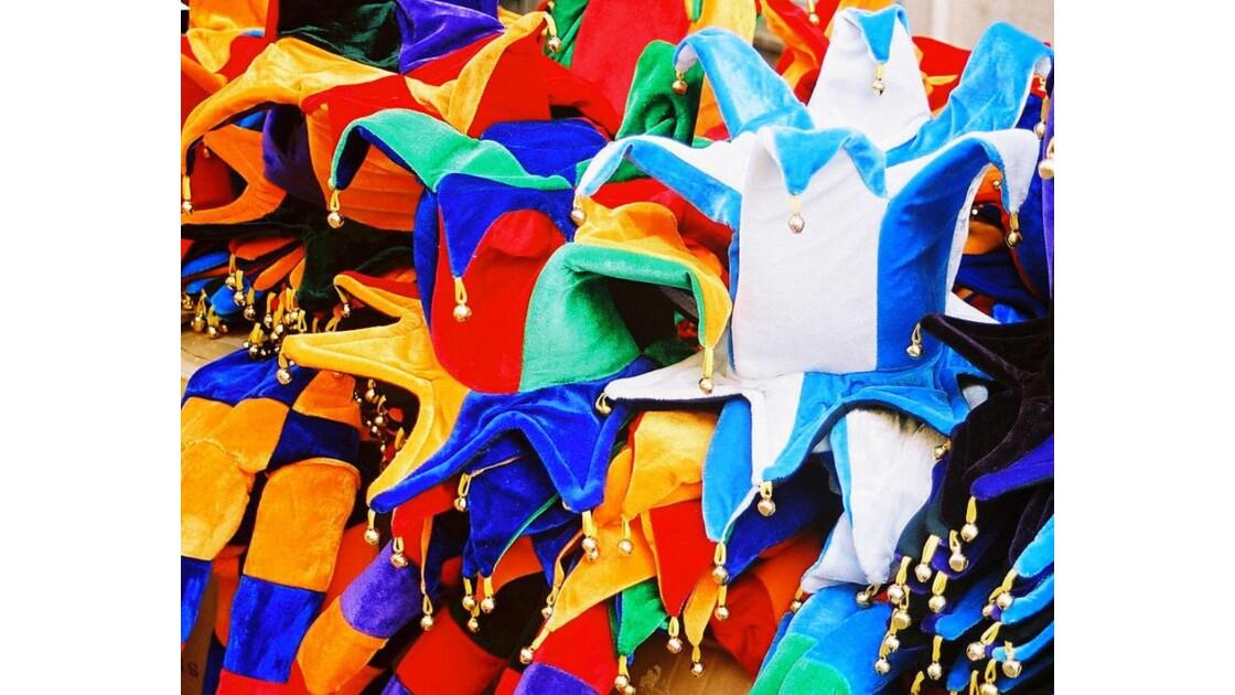 Chapeaux_de_carnaval.jpg