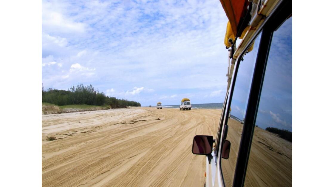 notre jeep 4x4 sur Fraser island